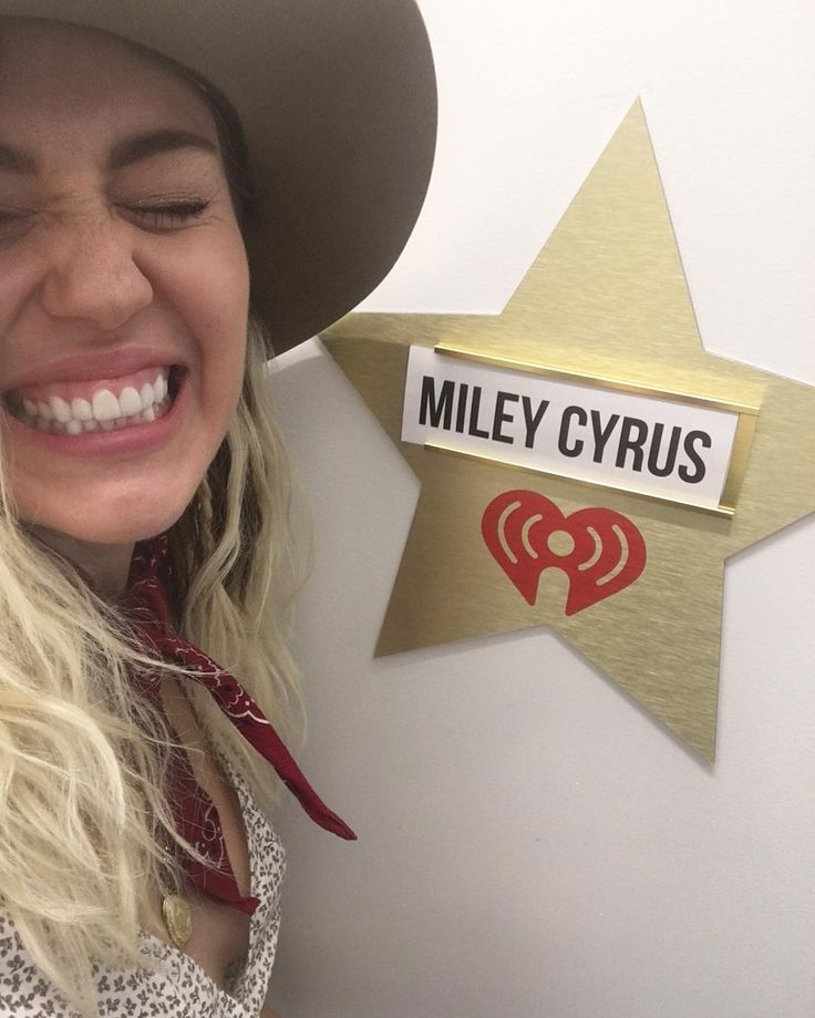 """652.5k Likes, 1,701 Comments - Miley Cyrus (@mileycyrus) on Instagram: """"@iheartradio  #Malibu Out everywhere!!!!!!"""""""