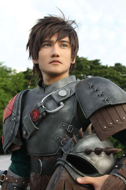 Now this is a HTTYD 2 Hiccup Cosplay that I'm actually impressed with for once! All I can say is WOW! :D
