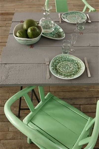 mint green chair plates and food: Color Green, Mint Green, Green Things, Chairs Green, Color Schemes, Chairs Plates, Colour Inspiration, Green Minds, Green Chairs