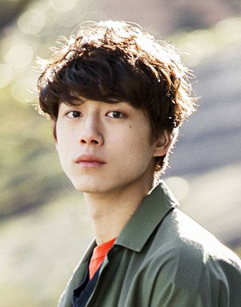 He really look a like soe kang joon