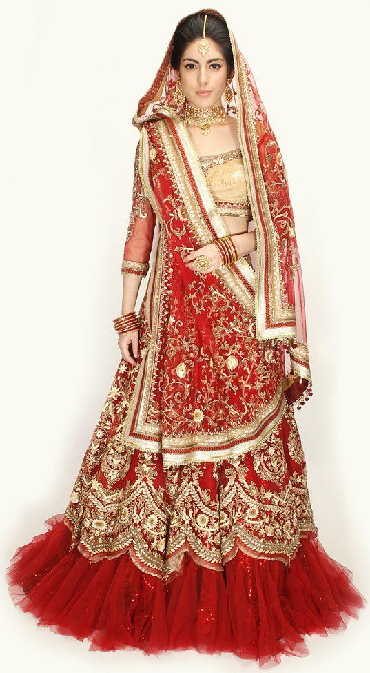 COUTURE BRIDE BY TARUN TAHILIANI- #bridal #taruntahiliani #elegant #lehenga #shopnow #perniaspopupshop