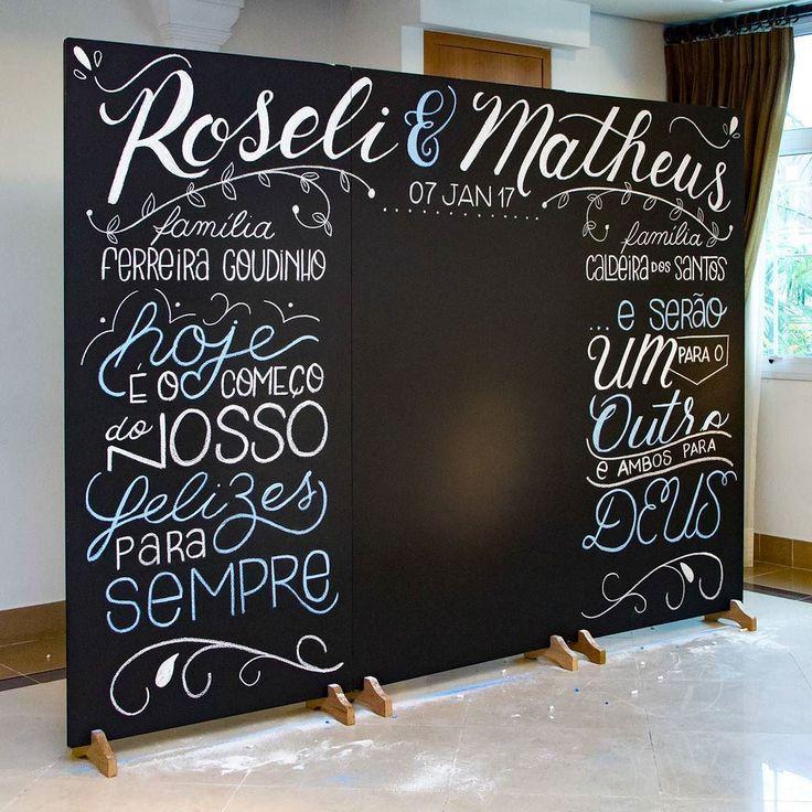 Photobooth Roseli & Matheus   Painel  Giz  #aldriclettering #lettering #handlettering #lousa #chalkboard #decoracao #lousa #CasamentoRoseliMatheus #casamento #photobooth