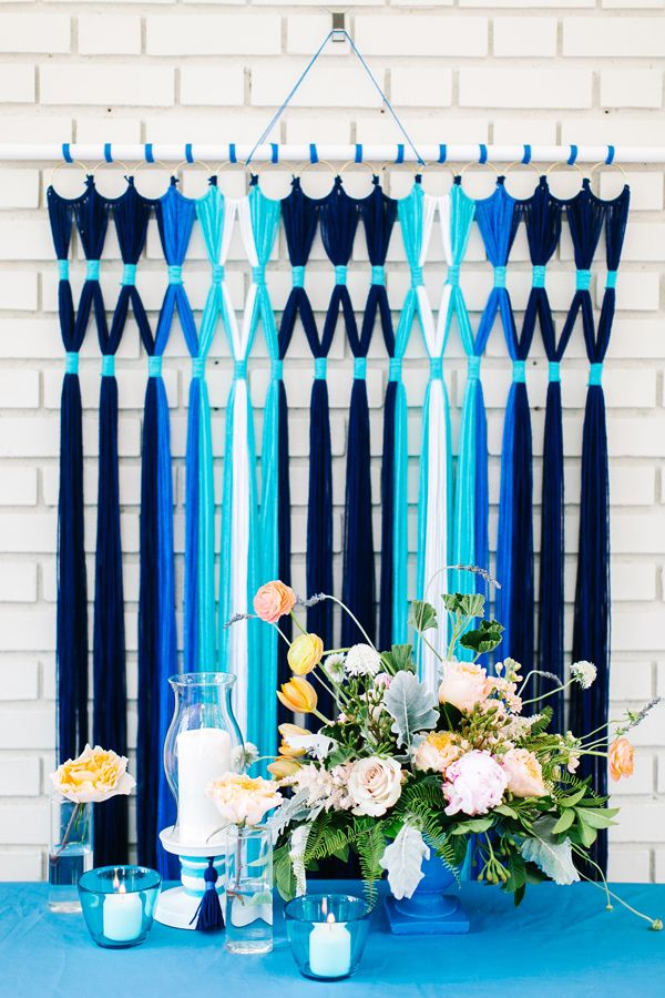 Yarn chandelier/backdrop?!? Why didn't I think of that?! So clever and crafty, super cute DIY!!