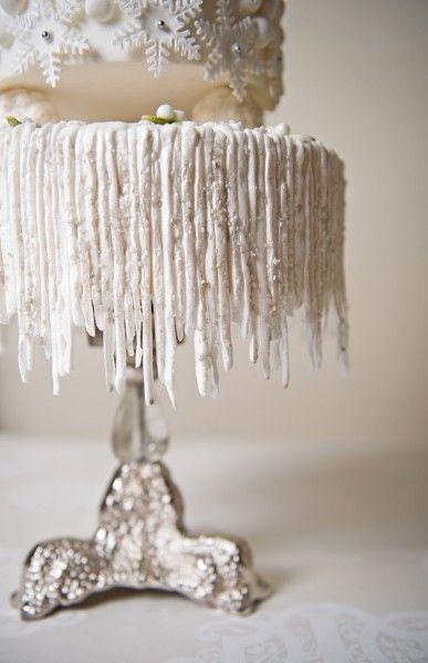 How to Make Hanging Icicles on Your Cake @Shawna Bergene Bergene Bergene