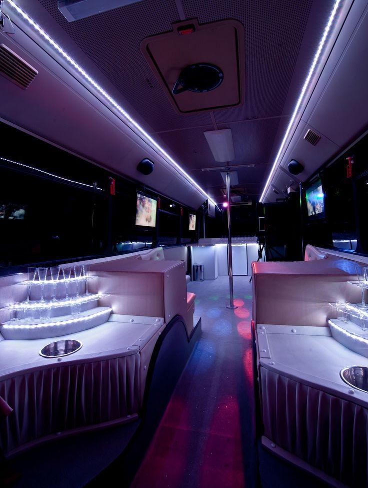 Induljon a nászmenet az Eveningstar Partybusszal!