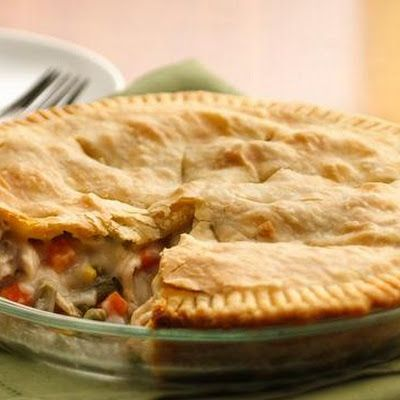 I just made this Chicken Pot Pie and it was so good...plus it was easy and  was a great surprise/blessing for my mom when she came home from work <3