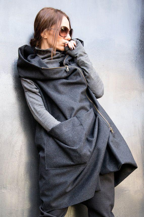 NEW Asymmetric Extravagant Black Hooded Sleeveless Coat / Spring Jacket / Double side opening zipper A07119