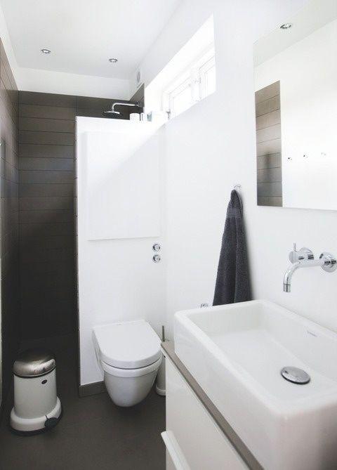 17 beste idee n over kleine ruimte badkamer op pinterest klein appartement opslag kleine - Ruimte van water kleine ruimte ...