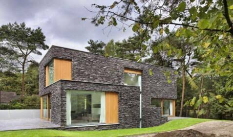 Pin 4: Although many houses are traditionally built using wood as the major material .stone houses are more strong .