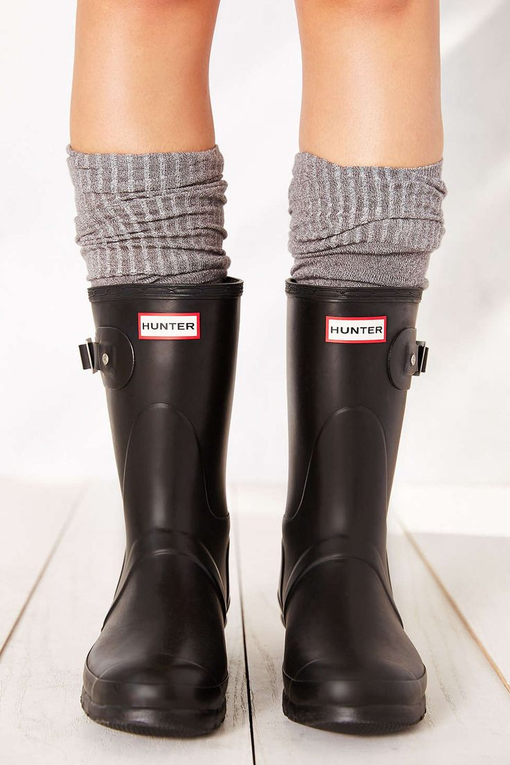 Hunter Original Short Rain Boot. As a short person I MUST HAVE THESE. So much better that the ones that go to my knees!!! Size 7.5 or 8.