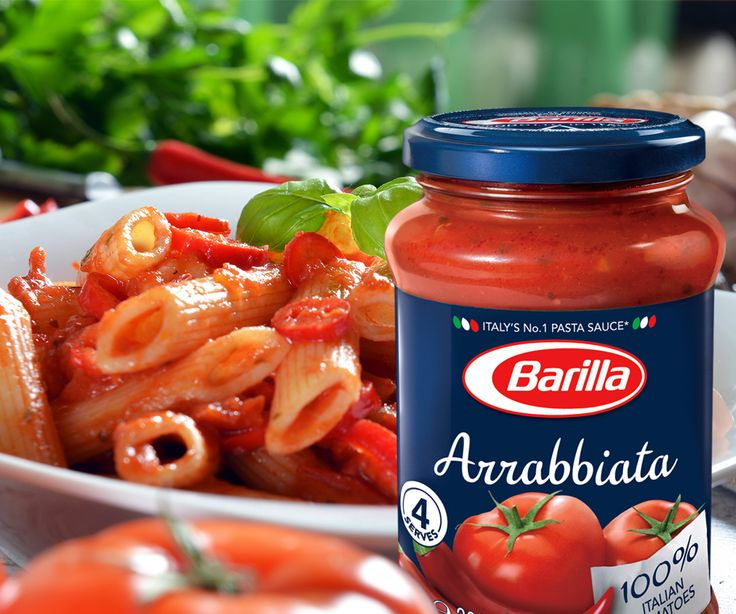 Guess how many tomatoes go into a jar of Barilla Arrabbiata? A hundred? Or a farm full? Ok, let's be a bit more realistic. We say nothing less than 8 big, farm fresh, wholesome tomatoes that would pop at your touch. Along with them go in their fiery partner – chili