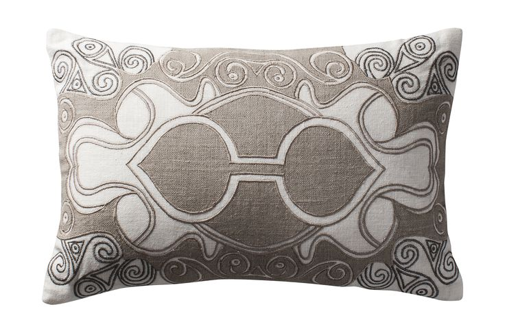 Celtic triskeles; intricate appliqué and thread embroidery on pure linen | Aztaro cushion