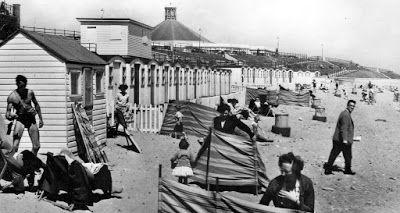 Tour Scotland Photographs: Old Photograph Beach Huts Aberdeen Scotland