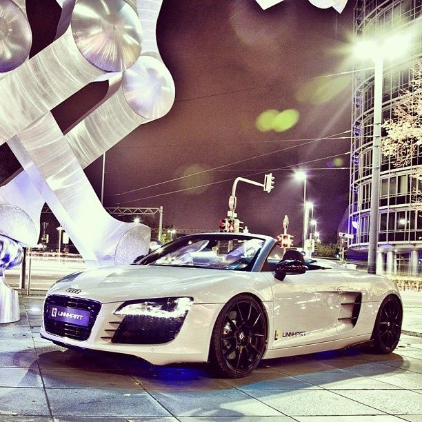 Visit The MACHINE Shop Café... ❤ Best of Audi @ MACHINE... ❤ ('Modern Art' - Audi R8 Spyder)