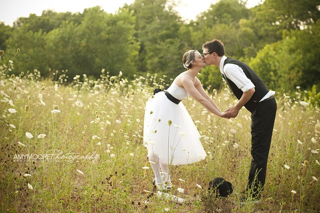 sweet, midwest Wedding photo in the field = #wedding #photo #romantic #bride #groom #couple #outdoor #field #nature