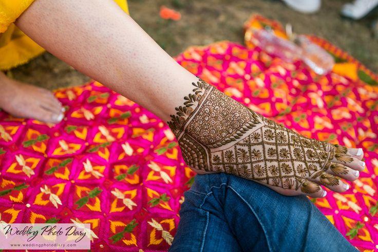 bridal feet mehendi design