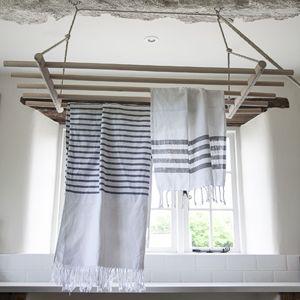 Les 25 meilleures id es de la cat gorie s choirs linge - Sechoir a linge suspendu au plafond ...