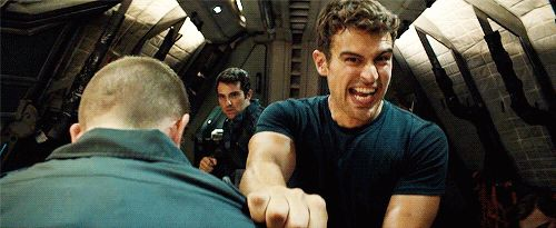 "Theo James on the set of ""Allegiant"""