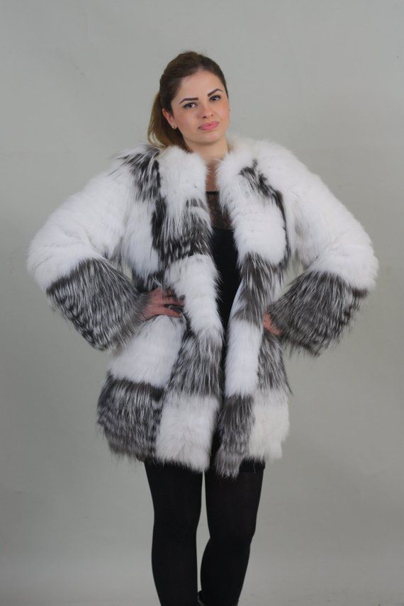 fe731096f BRAND NEW AND BEAUTIFUL Luxury gift/ Silver fox with white Fox Fur Coat/Fur  jacket / Wedding,or anniversary present.MADE FOR WOMEN AND MADE FROM  Feathered ...