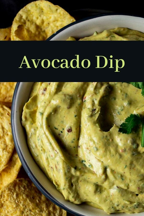 This Avocado Dip Is Made With Avocado Sour Cream A Chipotle Pepper For Some Spice And Smokiness Lime In 2020 Avocado Dip Avocado Dip Recipe Bacon Recipes Appetizers
