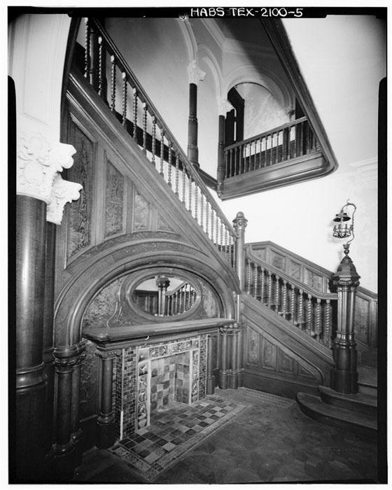 2008 Idea House In Galvestion Texas: Foyer Detail: Morris Lasker House, Built In 1889