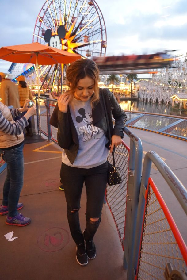 Disneyland Outfit Winter Season | The Sunday Gal Blog ...