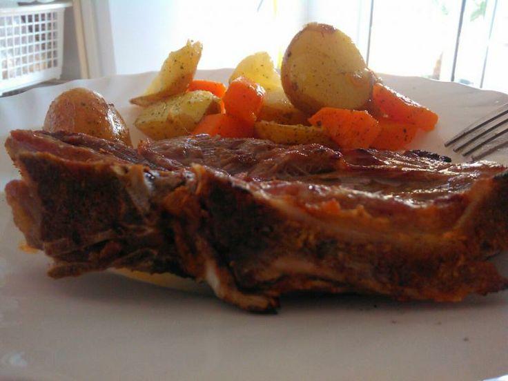 Costeletas de Porco Grelhadas com Legumes | SaborIntenso.com