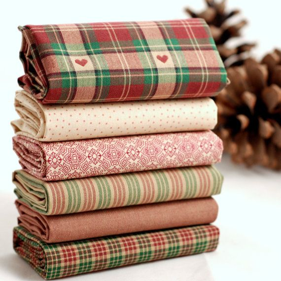 Mulled Wine fat quarter fabric bundle  100 % by fabricsandfrills