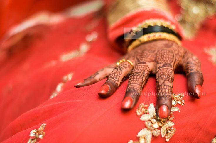 "😍Your Photographer ""Portfolio"" album  #weddingnet #wedding #india #indian #indianwedding #weddingdresses #mehendi #ceremony #realwedding #lehenga #lehengacholi #choli #lehengawedding #lehengasaree #saree #bridalsaree #weddingsaree #photoshoot #photoset #photographer #photography #inspiration #planner #organisation #details #sweet #cute #gorgeous #fabulous #henna #mehndi"