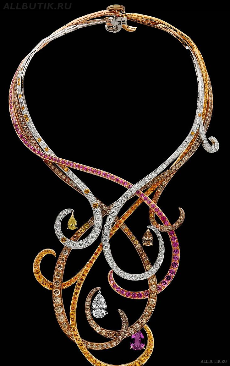 House of BOUCHERON, produced both luxary art nouveau and art deco work by famous designers of the period: Necklace