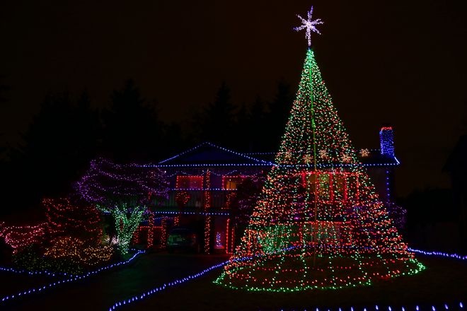 Christmas Lights 10672-10682 Ramona Way, Delta, BC V4C 6S6, Canada