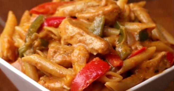 Pâtes Fajitas au poulet... Le mariage de l'Italie et du Mexique dans votre assiette!