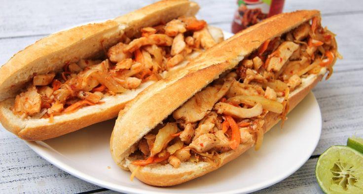 Grillezett csirkés Thai baguette recept: Grillezett csirkés Thai baguette recept, ami mennyei étel partykra, vacsira, uzsonnának, azaz gyakorlatilag bármikor, bárhol! :) Laktató, és nagyon finom!!! Ki kell próbálnod ezt a receptet! ;)