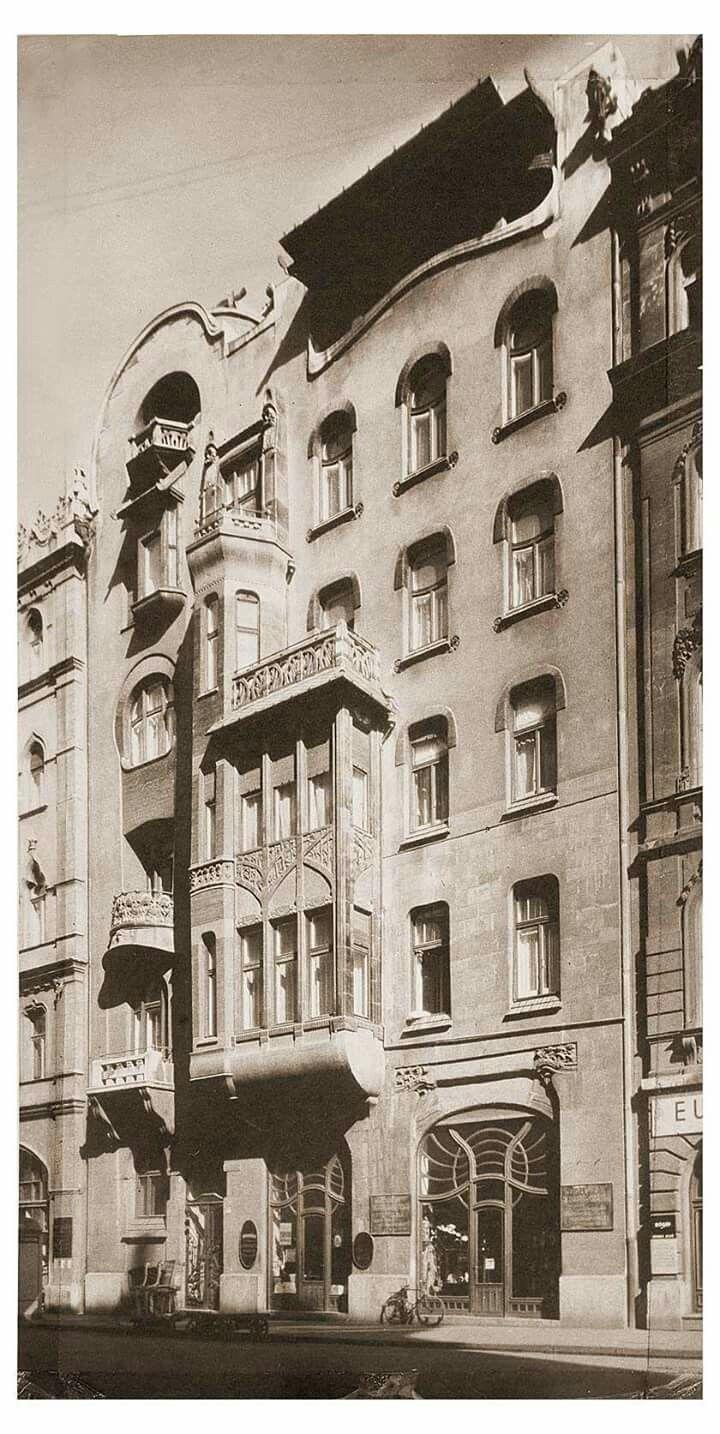 1909 Honvéd utca 3.