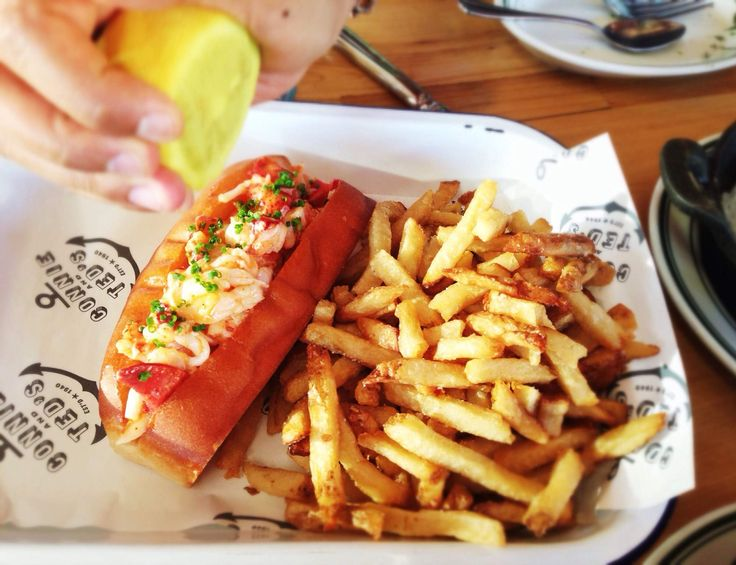 The 14 best places to score a lobster roll in LA  Including one of the best lobster rolls in the country, according to both Conde Nast Traveler and Bon Appetit.