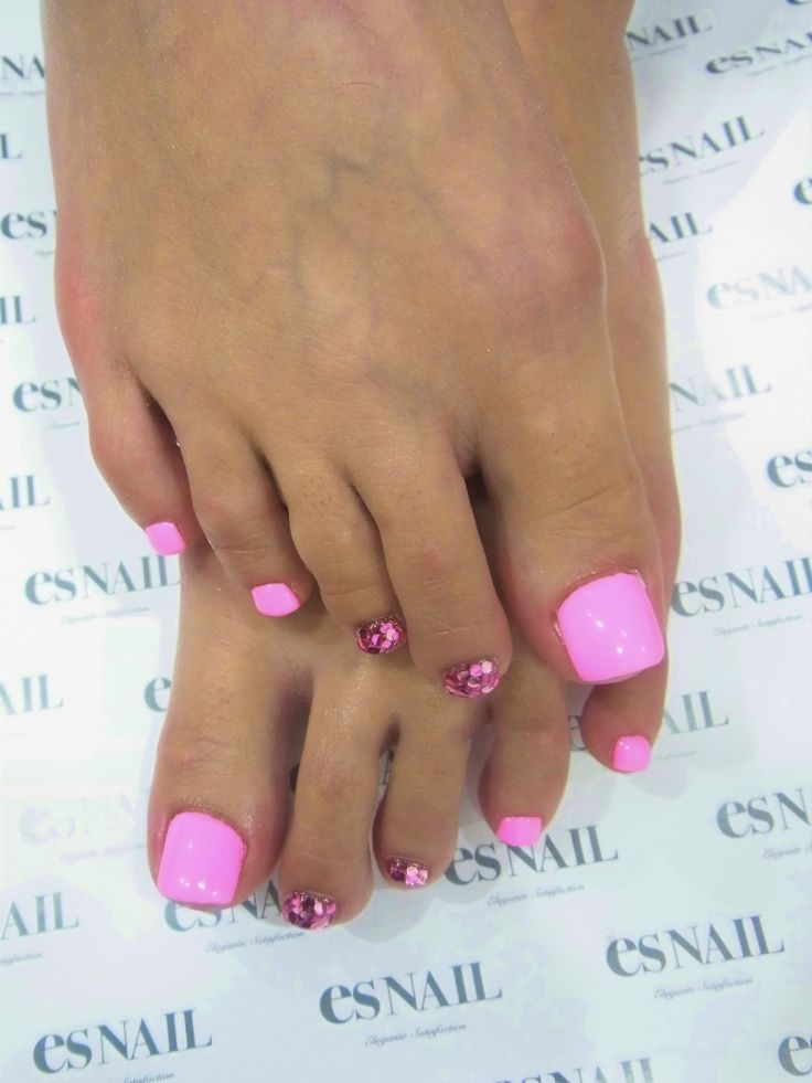 Barbie Pink Pedi with Chunky Glitter!