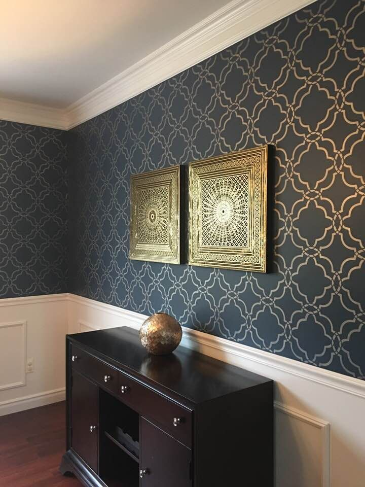 Absolutely Stunning That S How We D Describe This Stenciling Dining Room Painted By Dita Wall Stencil Living Room Dining Room Wallpaper Wallpaper Living Room