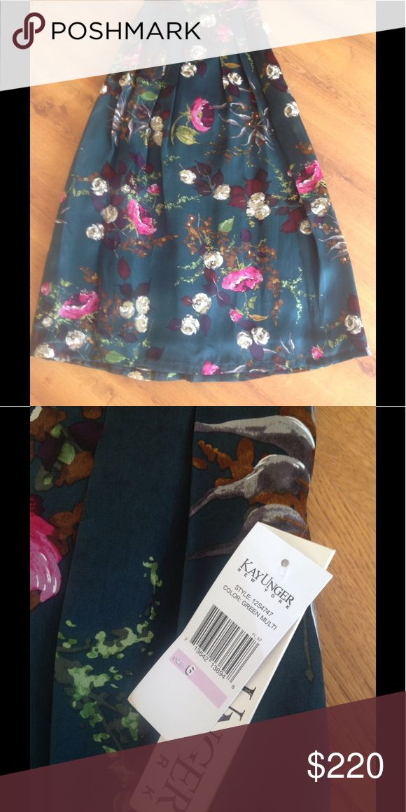 NWT Stunning Silk Kay Unger Floral Evening Skirt Absolutely gorgeous evening skirt from Kay Unger in must have for fall 2017 floral decor. Will be perfect for Christmas or for a wedding. Size 6 and fits true to size. Material - 100% silk. Kay Unger Skirts Maxi
