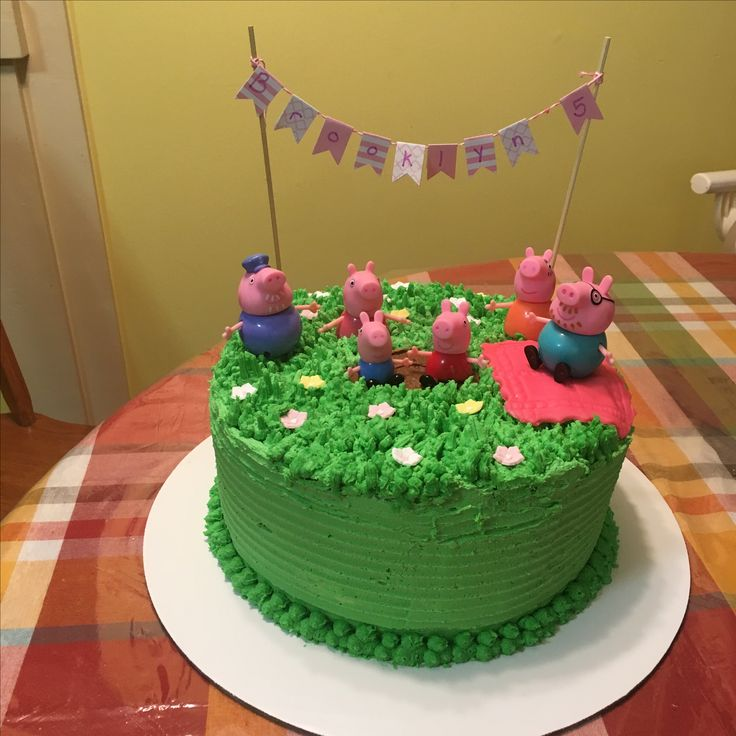 Peppa Pig Cake with buttercream icing