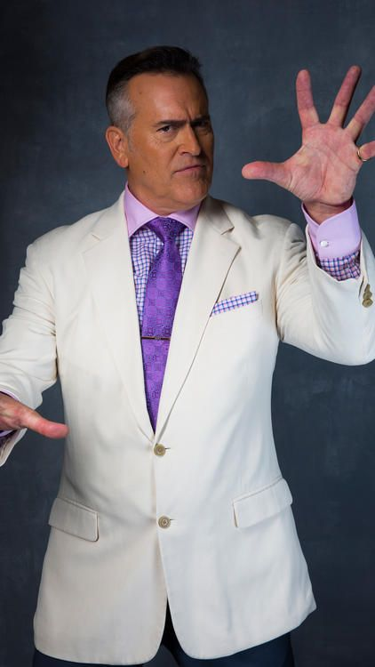 Bruce Campbell - The L.A. Times Comic-Con studio | Groovy ... Bruce Campbell