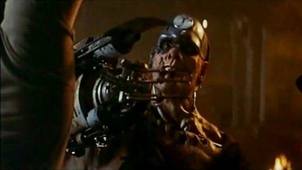 Mean Machine de Juez Dredd upload by Sauron88