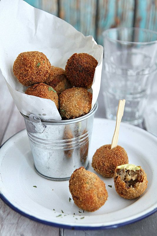 Dutch Beef Croquettes (Bitterballen) | My Kitchen Antics