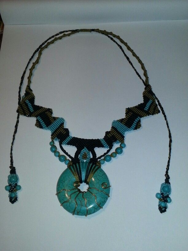 Macrame necklace with turquoise donat and beads
