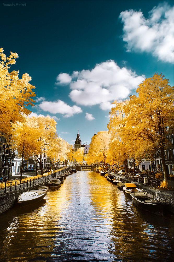 Amsterdam by Romain Matteï