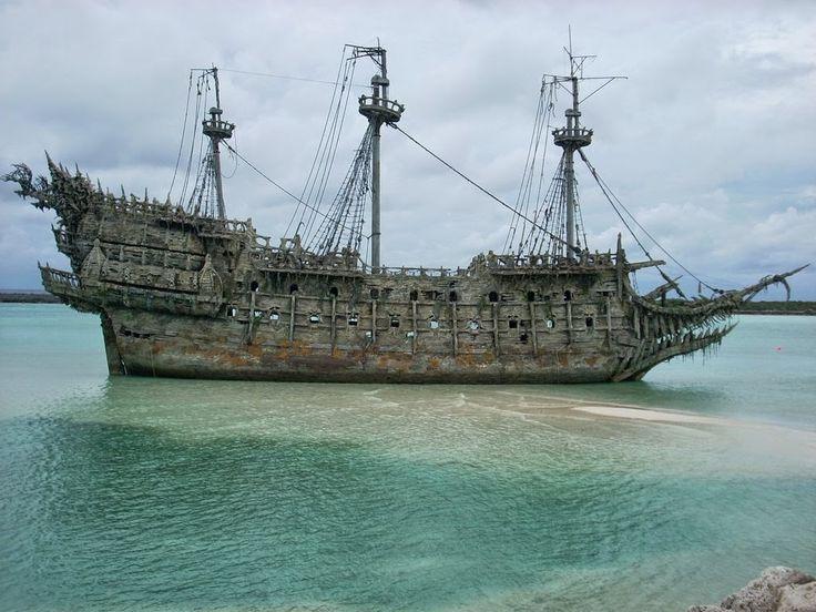 Flying Dutchman - Kapal Bajak Laut Berhantu - WidyanPN