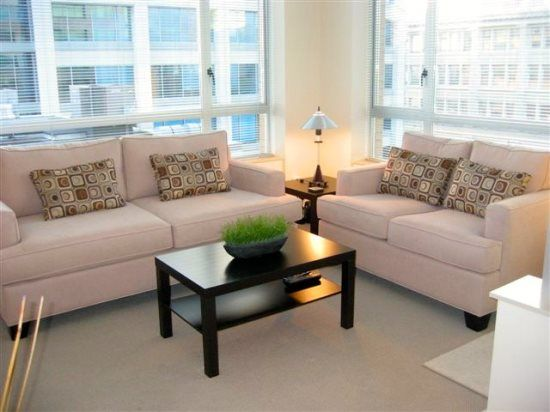 Great Location, Clean and Comfortable 2 BR/1BA Downtown Victoria, Hudson District
