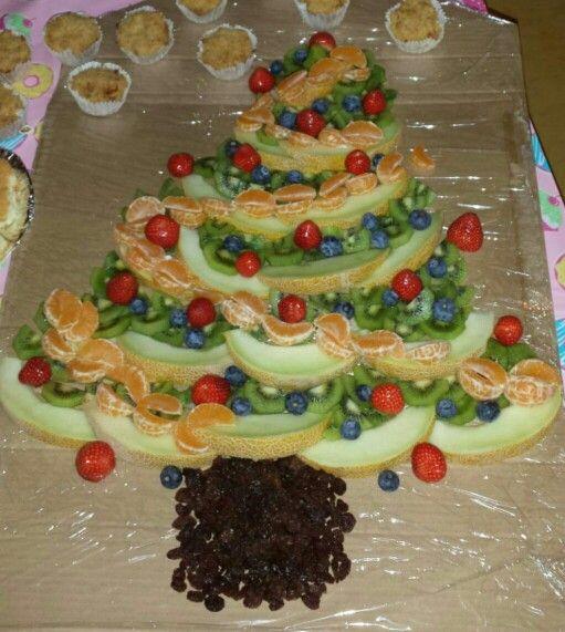 Fruitkerstboom (naar voorbeeld van Lana Leesvoer)