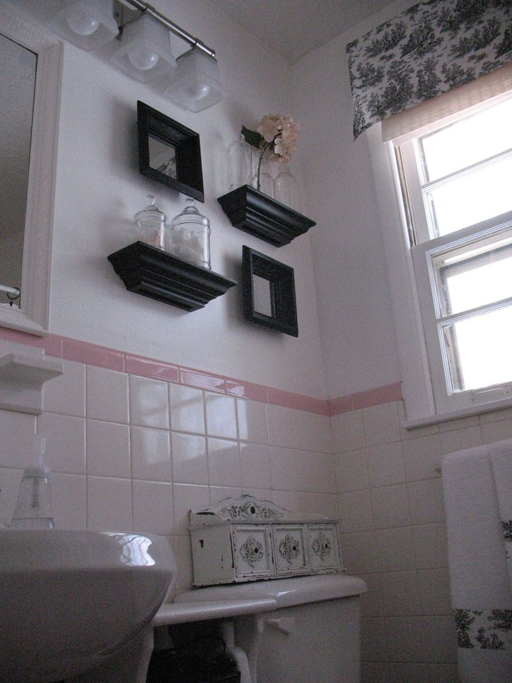 update ideas for a pink tile bathroom. 73 best What to do with a 50 s PINK bathroom  images on Pinterest
