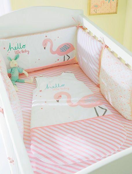1000 id es propos de t te de lit rose sur pinterest. Black Bedroom Furniture Sets. Home Design Ideas