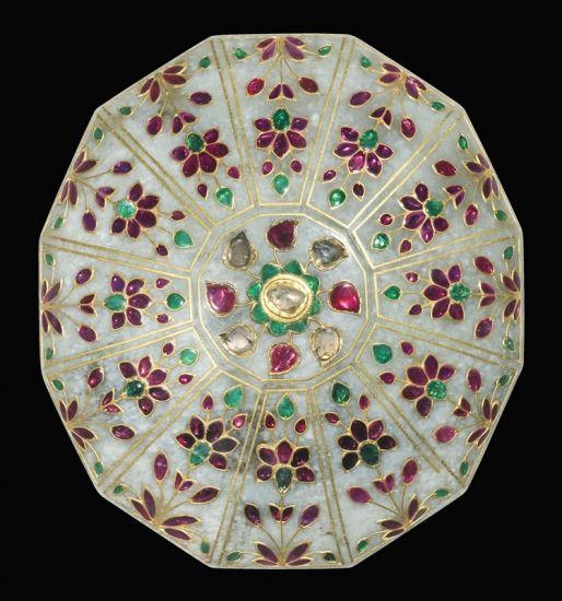Mughal Gem-Set Jade Box<br />India (Mughal) Circa 1780-1800<br />Height: 5 cm Width: 13 cm Depth: 11.5 cm<br />A Dodecagonal Jade Box and Cover Gem-Set in Kundan Technique<br /><br /><br/>Courtesy of